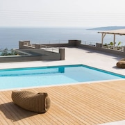 Find Yourself Between Gorgeous Vistas at Ethereal Villa