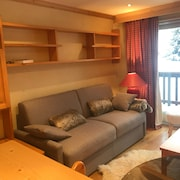 Méribel Center, in the Heart of the Slopes and 50 m From the City Center. Bright Apartment