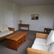 Central Ayrshire, Twin /double, Free Wifi & Secure Parking