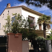 3mn Walk From the Spacious T4 Beach, 3 Bedrooms in Villa With Large Garden