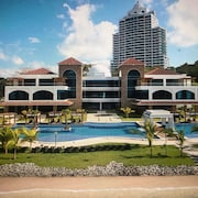 Luxury Beach Front Apartment in Playa Bonita, 10 Minutes From Panama City