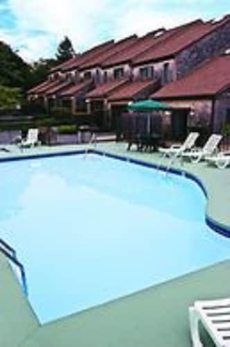 Pool, Wyndham Newport Overlook