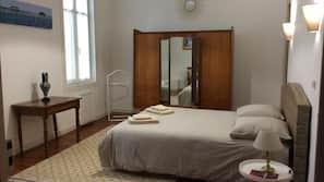 3 chambres, lits bébé, accès Internet