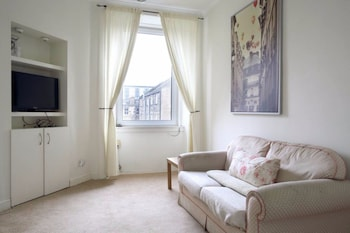 1 Bedroom Apartment In The Shore Leith