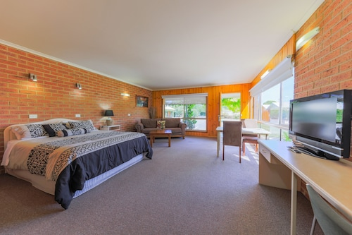 Country Roads Motor Inn Naracoorte