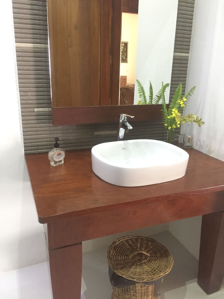 Bathroom Sink, Yoma Cherry Lodge