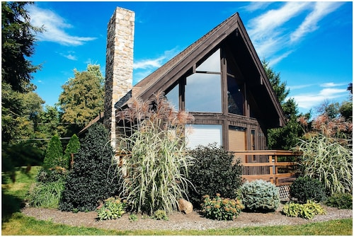 Cedar Hill Cottage, the Perfect Getaway in Chambersburg PA