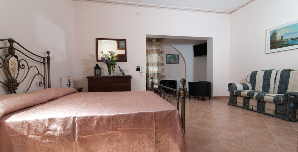 La Stella Del Sud In Vietri Sul Mare Hotel Rates Reviews