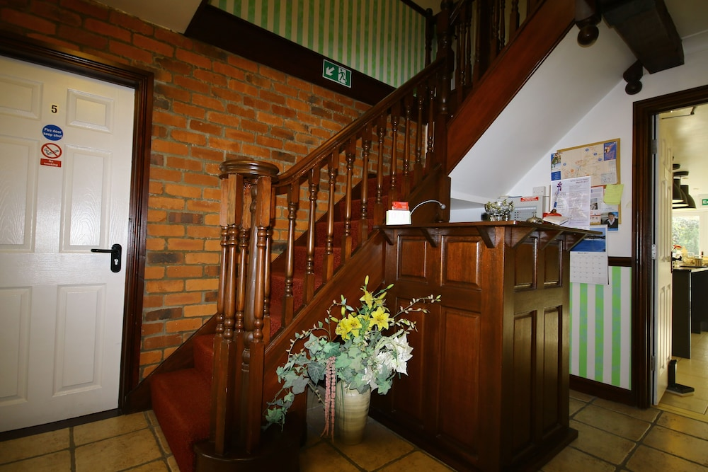 Interior Entrance, Eagles Guest House