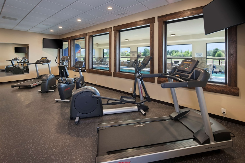 Fitness Facility, Country Inn & Suites by Radisson, Kalispell, MT - Glacier Lodge