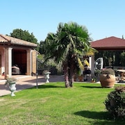 Holiday Apartment Villa Roberta