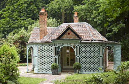 Nestled in the Depths of Temple Wood, This Cottage is a Romantic Retreat for two