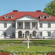 Bistrampolis Manor Boutique Hotel