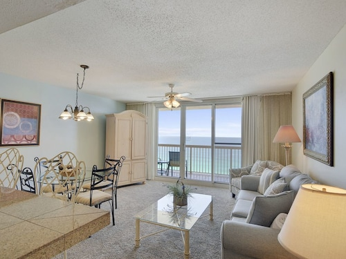 Pelican Beach 1409! Gulf Front Free Golf, Dolphin Cruise and More! Perfect for Families!