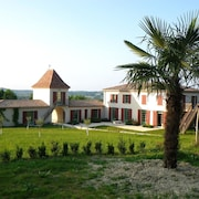 Villa With 8 Bedrooms in Villeneuve-sur-lot, With Private Pool, Furnished Garden and Wifi