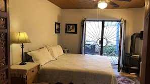 1 bedroom, premium bedding, iron/ironing board, free cribs/infant beds