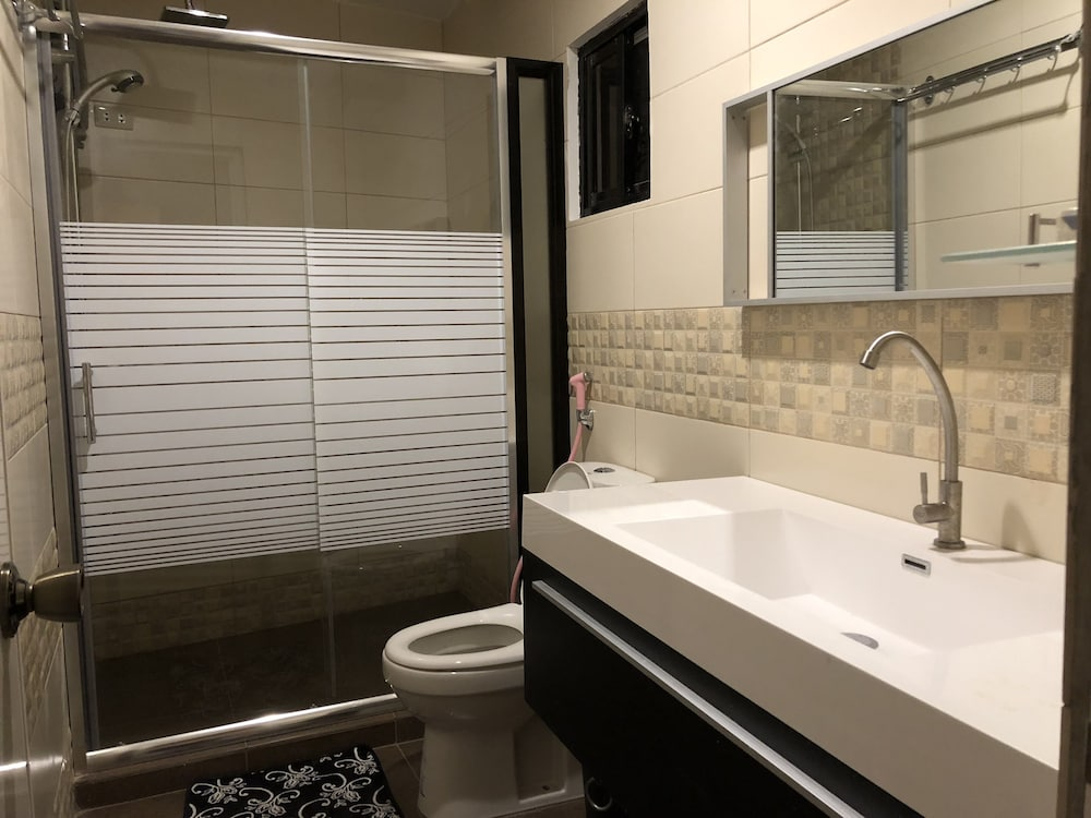 Bathroom, Luzville Residences