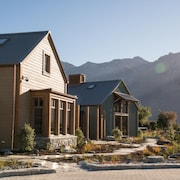 Camp Glenorchy Eco Retreat