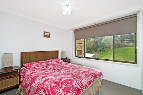 Relax At Lighthouse! 4 Lighthouse Road,