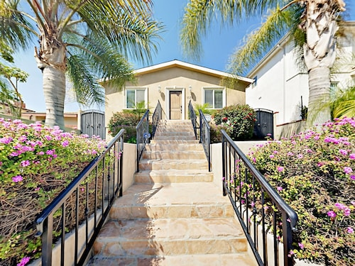 Great Place to stay 1078 W 27th St Duplex Main House 3 Bedrooms 3 Bathrooms Duplex near San Pedro