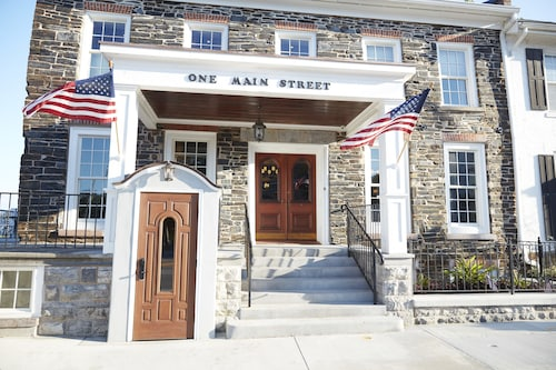 Check Expedia for Availability of Farmer's Creekside Tavern & Inn