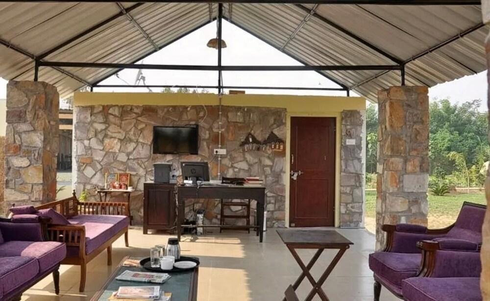 White Mushroom Jungle Cave Sawai Madhopur 2018 Hotel Prices