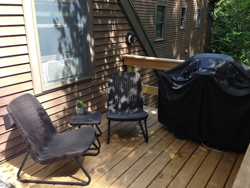 Lovely Private Apartment Near Acadia National Park & Bar Harbor On MDI
