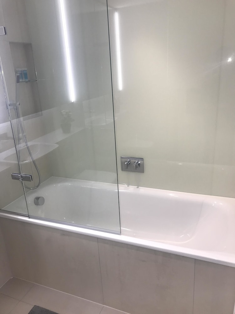 Bathroom Shower, A1 Luxury Apartments