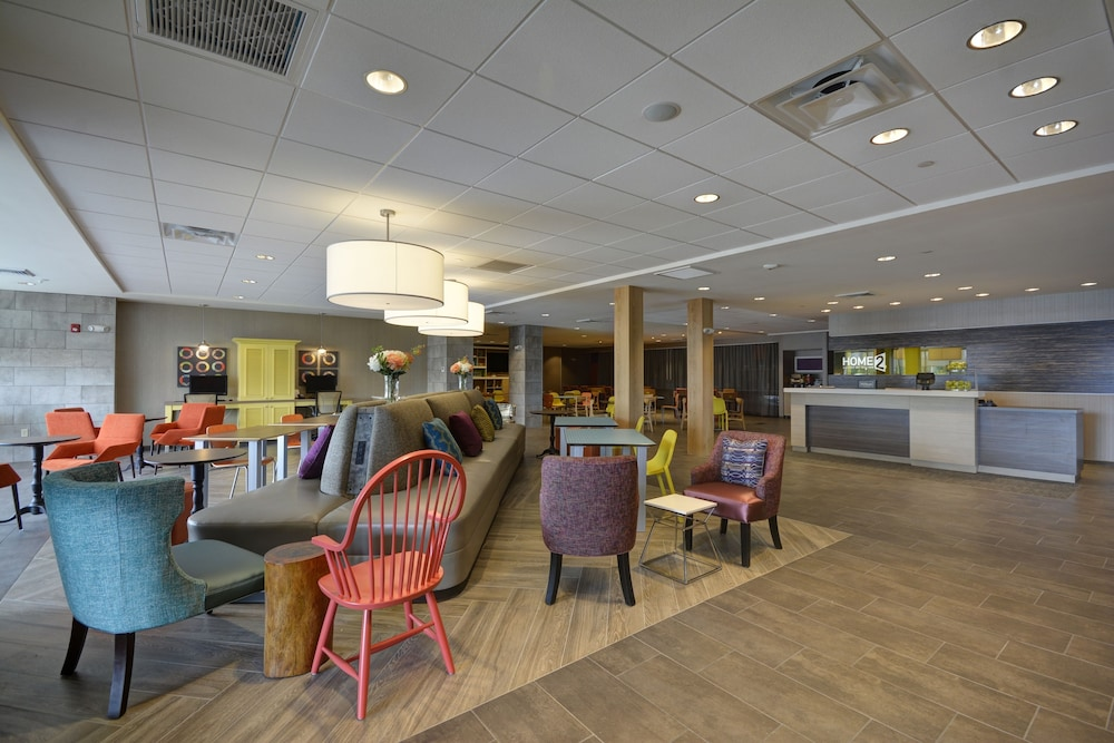 Lobby, Home2 Suites by Hilton Portland Airport