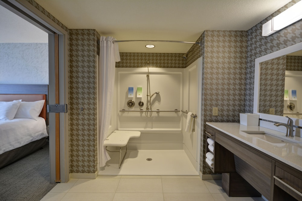 Bathroom Shower, Home2 Suites by Hilton Portland Airport
