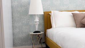 2 bedrooms, cribs/infant beds, Internet, bed sheets