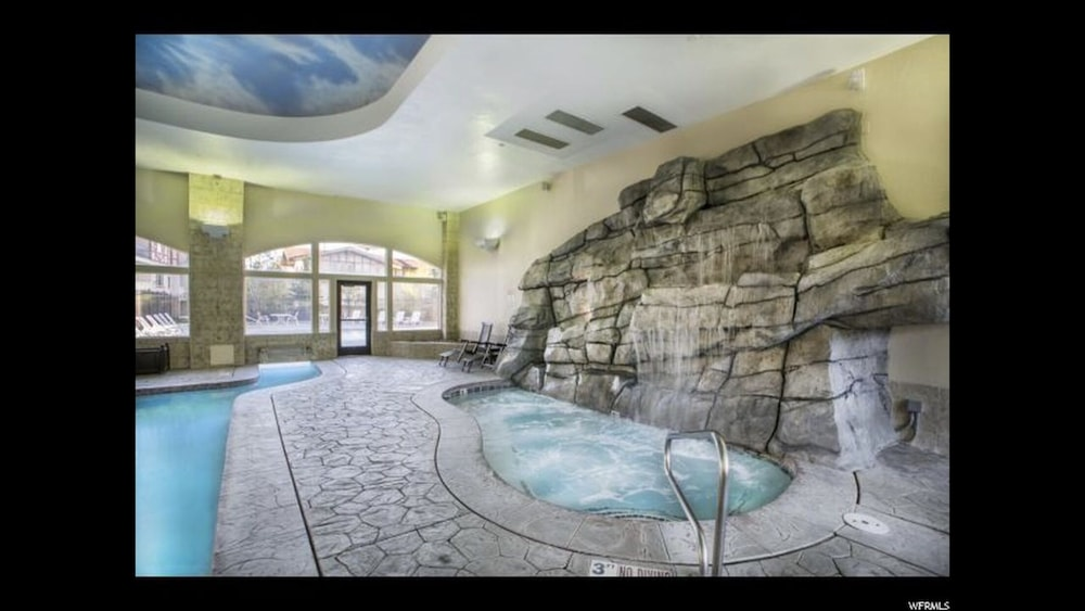 Spa, 211 Pool IS Open! Zermatt Resort King Suite!
