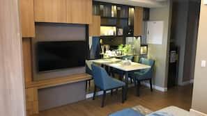 書桌、熨斗/熨衫板、免費 Wi-Fi
