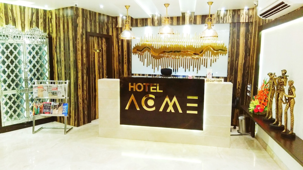 Reception, Hotel Acme