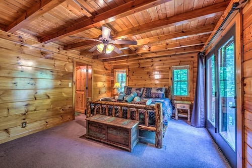 Check Expedia for Availability of Havens Creek Cabin 2 Bedrooms 2.5 Bathrooms Cabin