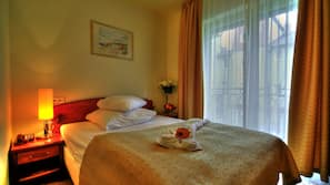 In-room safe, individually furnished, free WiFi, linens