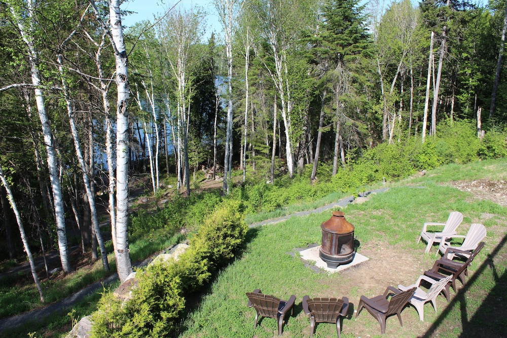 View from Property, Chalets Chinook - Lac Walfred