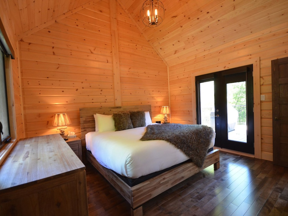 Room, Chalets Chinook - Lac Walfred