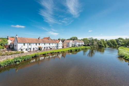 Stunning Riverside Location- Heart of East Lothian