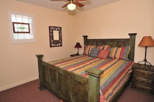 Great Place to stay Schmitz Historic Hotel #67519 1 Bedroom 1 Bathroom Condo near New Braunfels
