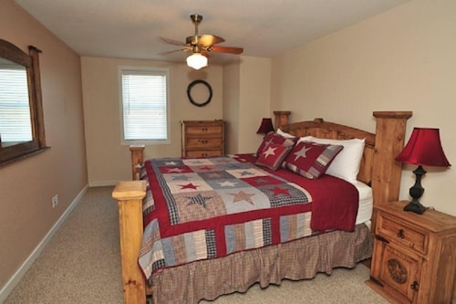 Landa park an awesome thing to do in new braunfels tx - 2 bedroom suites in new braunfels tx ...