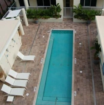 Outdoor Pool, Crescent Siesta Key - 503 West-luxury On The Beach! 3 Bedroom Apts