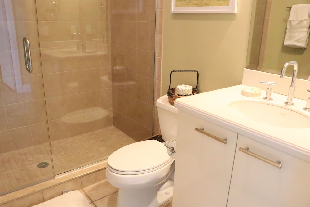 Bathroom, Crescent Siesta Key - 503 West-luxury On The Beach! 3 Bedroom Apts