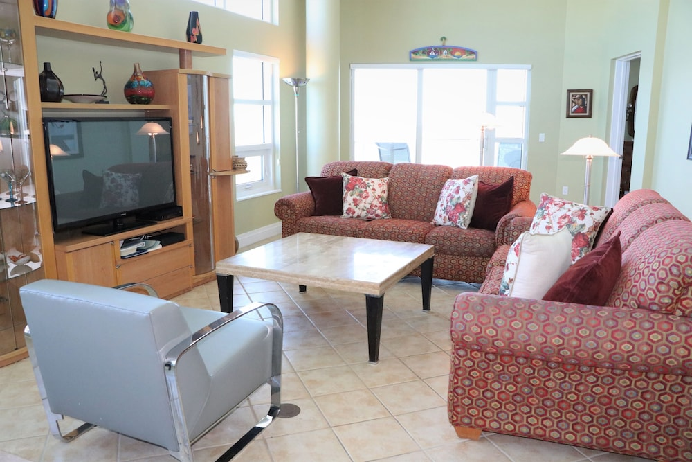 Featured Image, Crescent Siesta Key - 503 West-luxury On The Beach! 3 Bedroom Apts