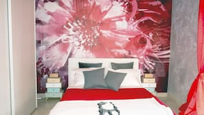 1 bedroom, minibar, iron/ironing board, free WiFi