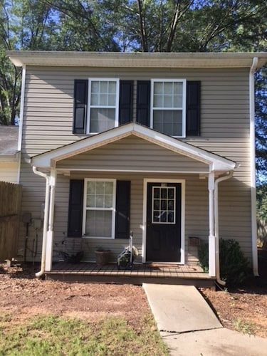 Cozy 2BR Townhouse in a Quiet Cove on Lake Oconee