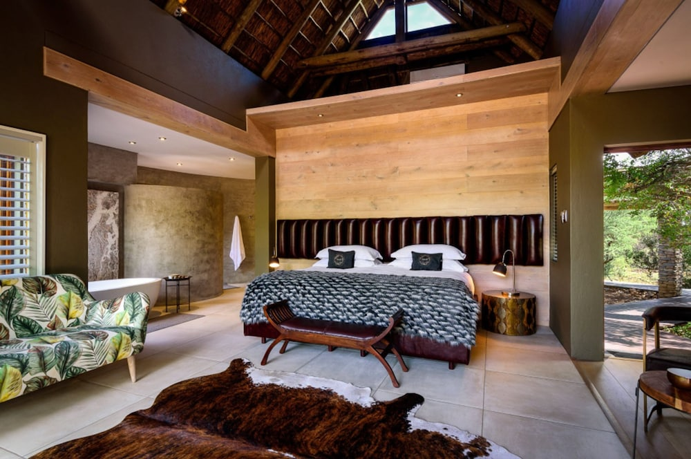 Room, Lush Private Lodge