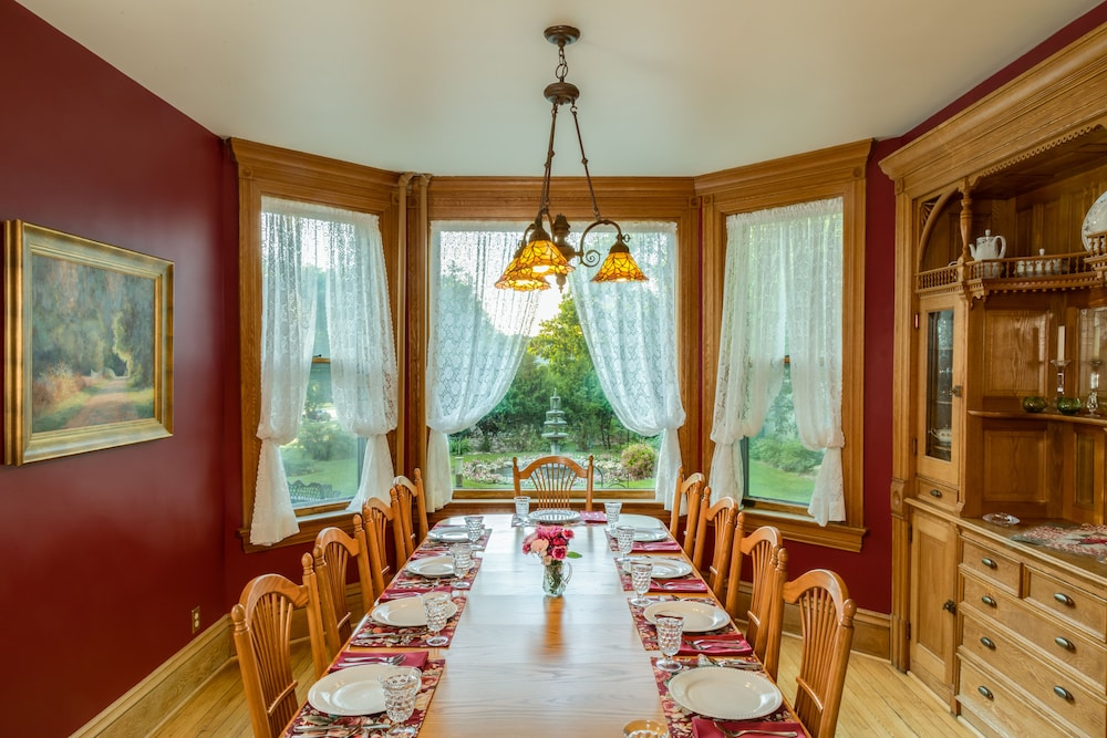 Dining, Habberstad House Bed and Breakfast