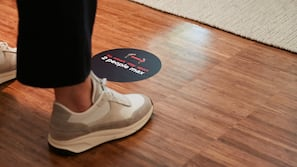 43-inch Smart TV with cable channels, TV, iPad