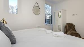 1 bedroom, premium bedding, iron/ironing board, free WiFi